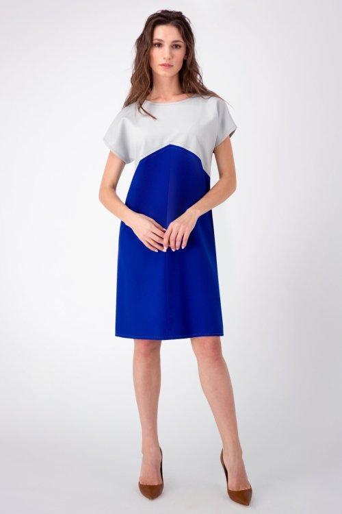 Серо-синее платье-баллон с отделкой ручным швом
