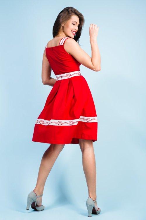 Хлопковый красный сарафан с отделкой - вышивкой на тесьме