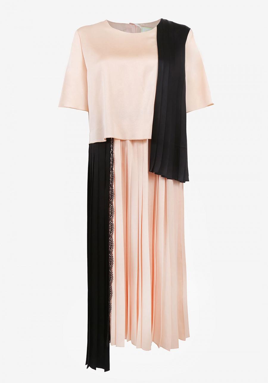 Черно-бежевое платье с разноуровневой юбкой плиссе и кружевом