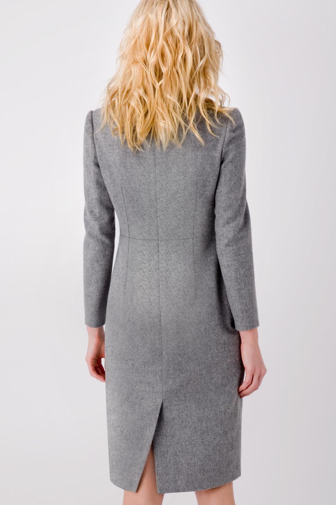 Серое базовое платье-футляр