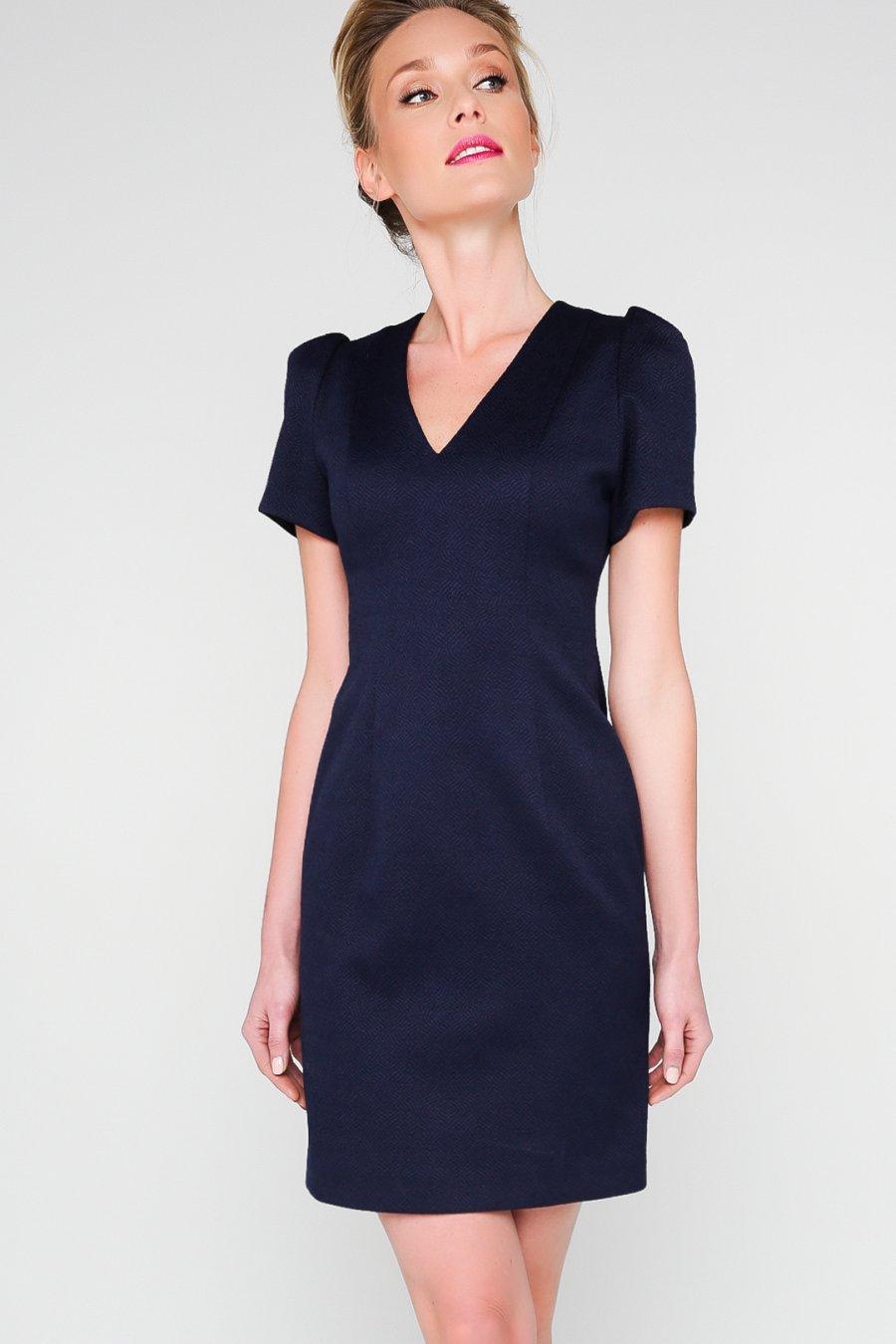 Темно-синее прямое мини-платье