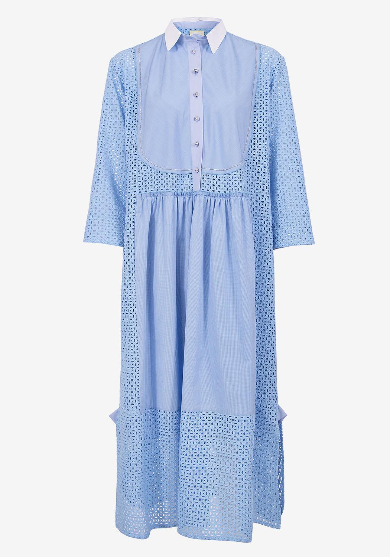 Голубое платье-рубашка из шитья с декоративной манишкой и карманами