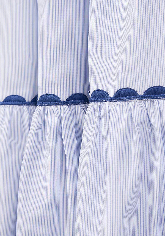 Платье в мелкую голубую полоску с корсетом и пышной юбкой